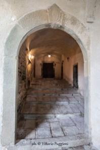 © Vittorio Puggioni TOS-8354 Fosdinovo_Atrio ingresso Castello