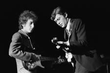 Bob-Dylan-and-Robbie-Robertson