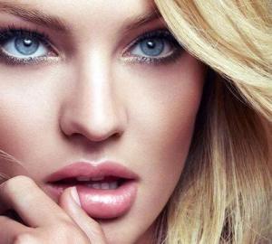 Labbra morbide e seducenti? Provate Lipogel lo scrub al carbone vegetale