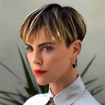 Bowl-cut-il-taglio-di-capelli-dellautunno-è-corto-biondo-e-ispirato-agli-anni-90-1200x1200