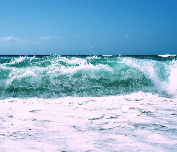 ocean_waves_tide_beach_sea_water_surf_tropical-779937
