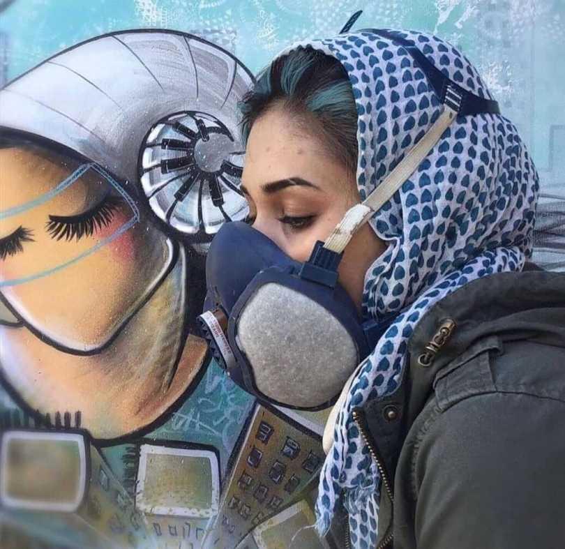 shamsia-hassani-la-street-artist-che-racconta-le-donne-in-afghanistan