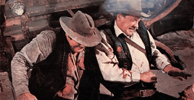 THE WILD BUNCH, from left: Ernest Borgnine, William Holden, 1969
