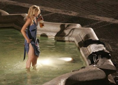 kristen bell la fontana dell'amore when in rome