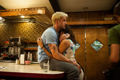 Eva Mendes e Ryan Gosling nelle nuove foto di THE PLACE BEYOND THE PINES