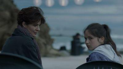 Laura Morante e Andreea Denisa Savin in Nessuno mi pettina come il vento