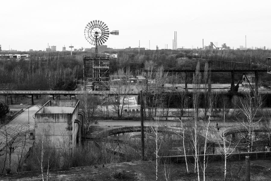 Landschaftspark - Een openbaar park met een ruïne van een hoogovencomplex