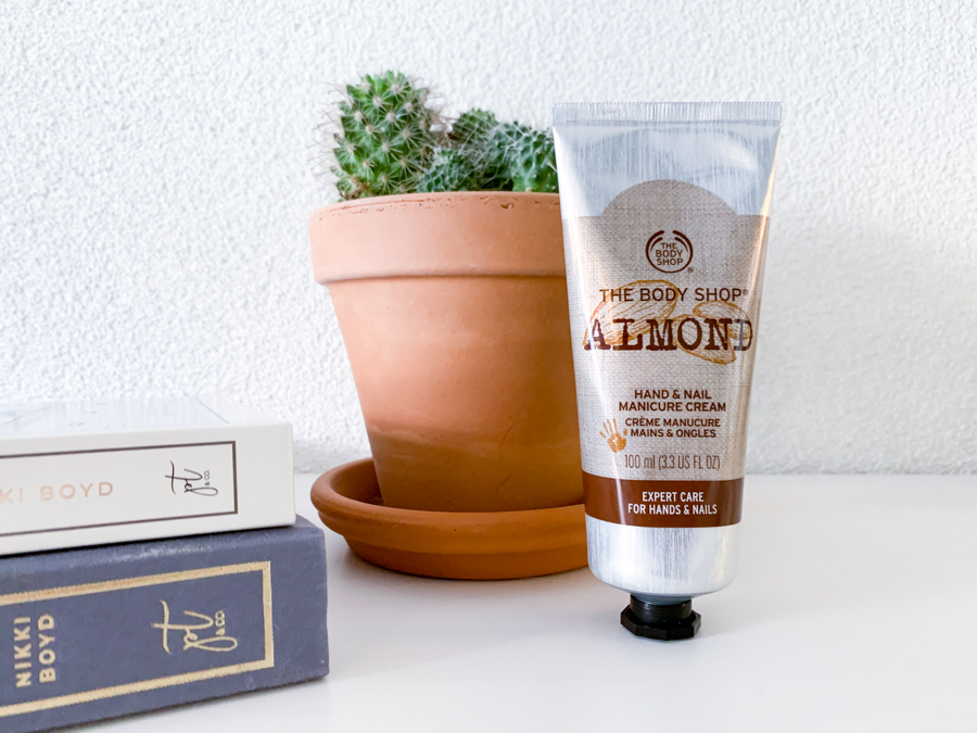 The Body Shop Almond Hand & Nail Manicure Cream