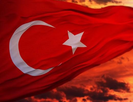 Yazı: Ulusun Bayramı   Atatürk   Yazan: İrem Savaş