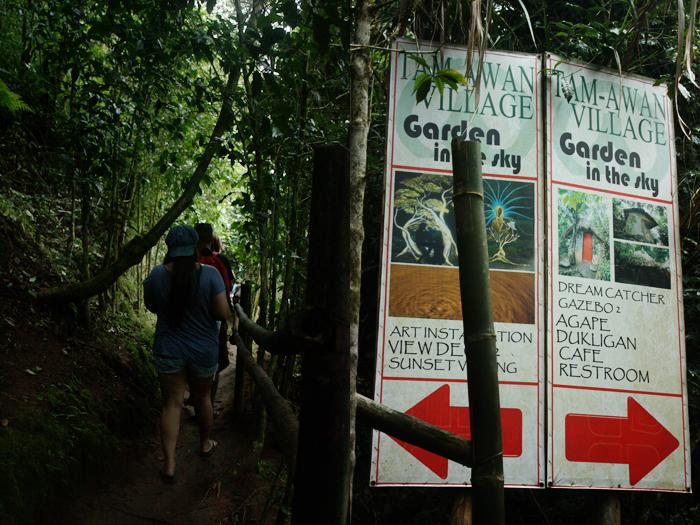 Tam-awan Village trail