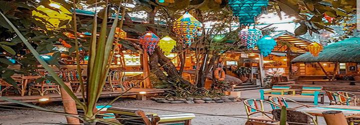 Flotsam and Jetsam Artist Beach Hostel, San Juan, La Union