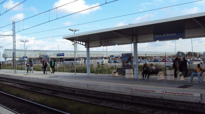 """""""passerà oggi il treno per Fiera Roma?""""."""