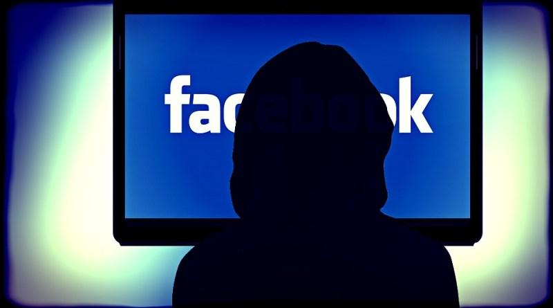 Codacons denuncia facebook