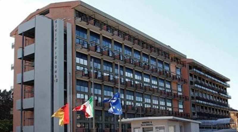 La presidente del XIII Municipio Giuseppina Castagnetta sbaglia ente per farsi propaganda sul sito istituzionale del Comune.