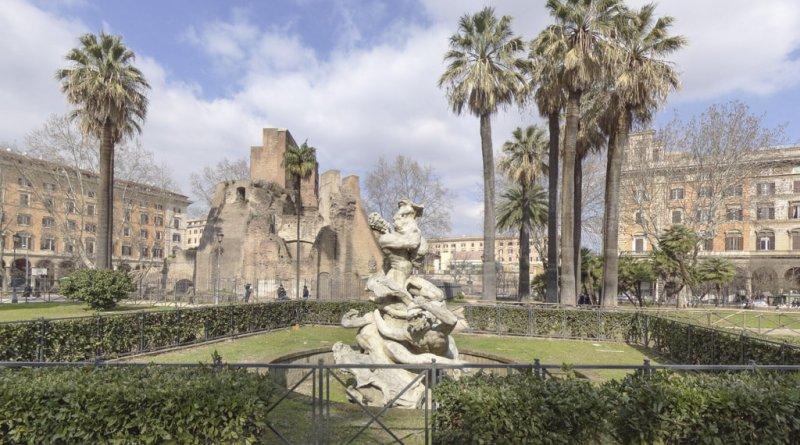 È online la gara d'appalto per la riqualificazione di Piazza Vittorio, cuore pulsante del rione Esquilino che rinasce grazie ad un progetto condiviso con il territorio e i suoi cittadini.