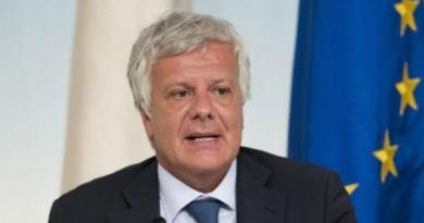"""""""Il ministro Galletti è assolutamente inadeguato perché, oltre a non fare il suo dovere nel difendere l'ambiente..."""