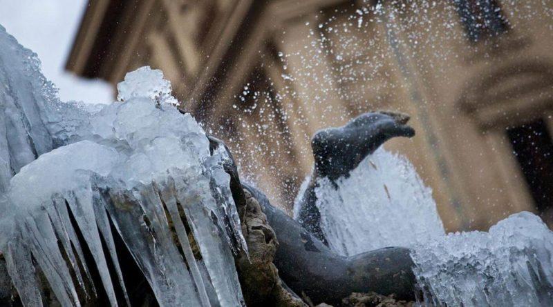 Campidoglio, predisposti interventi per fronteggiare emergenze in caso di neve, ghiaccio e grande freddo.Sindaca Raggi firma ordinanza per stagione invernale