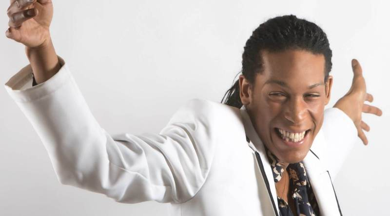 Dopo l'esperienza all'ottava edizione di Amici come ballerino, Leonardo Monteiro è in gara al 68° Festival di Sanremo con Bianca, il suo primo brano.