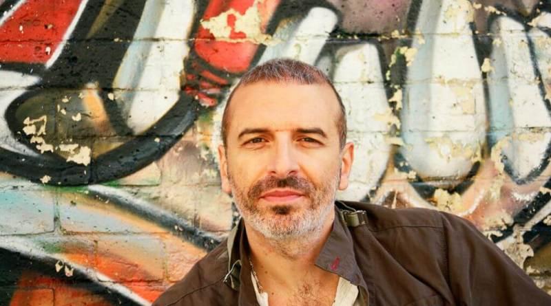 Gino De Crescenzo, in arte Pacifico, sarà uno dei protagonisti del prossimo Festival, come autore di tre brani e membro di un trio inedito.