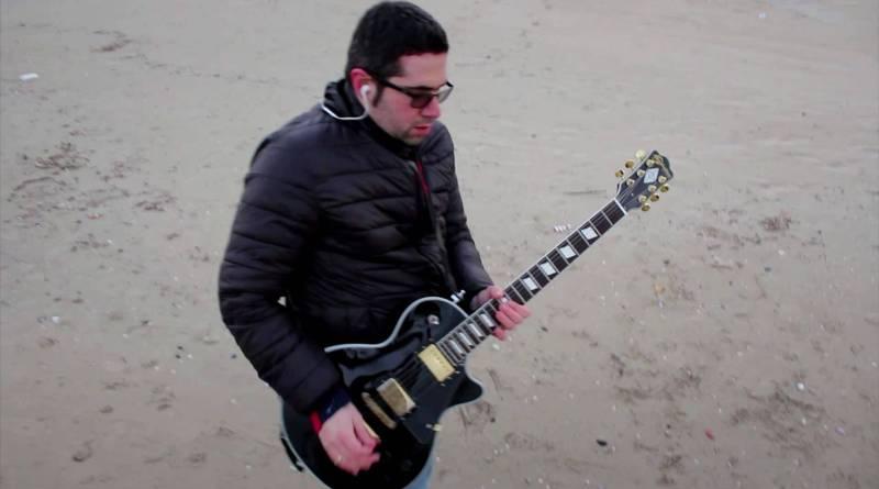 Domenica 4 marzo uscirà il nuovo ep di Max Monty, cantautore e chitarrista marchigiano, che presenta cinque inediti maturi ed introspettivi.