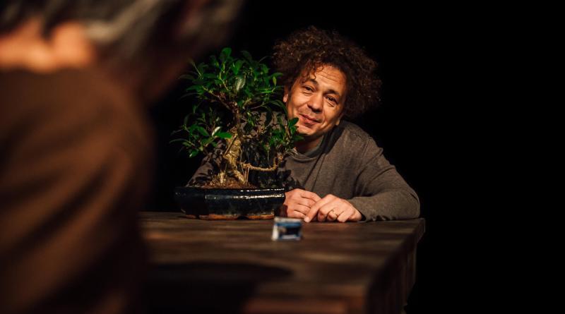 Il Nullafacente di Michele Santeramo con la regia di Roberto Bacci per la prima volta a Roma al Teatro Biblioteca Quarticciolo, 17 febbraio ore 21 e 18 febbraio ore 18.