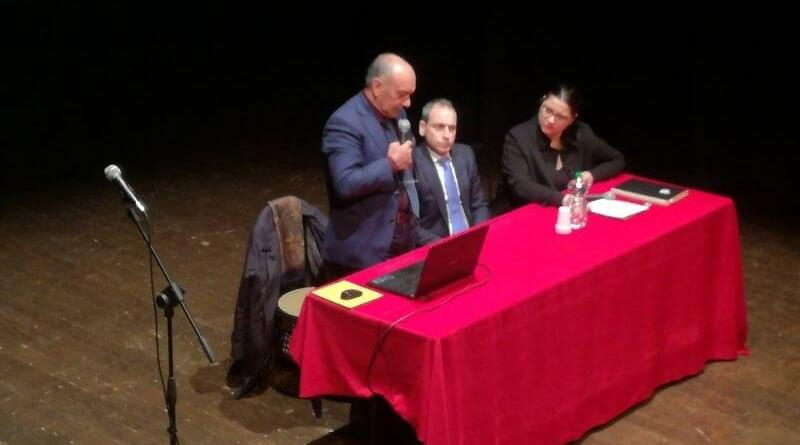 Il 21 marzo, Porto San Giorgio, in provincia di Fermo, ricorda le vittime innocenti dela mafia in un incontro con Giuseppe Costanza, autista del giudice Falcone.