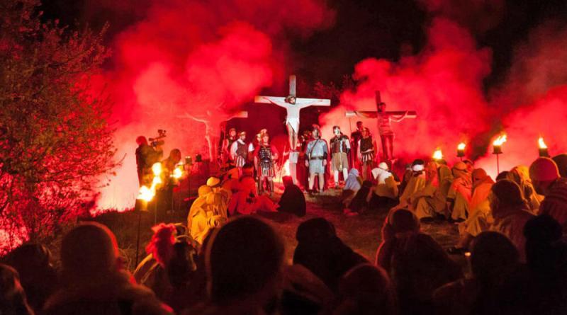A Serravalle di Carda è tempo della XXXIX° edizione di Passio, con un intero paese che rievoca la Passione di Cristo, venerdì 30 marzo alle 21.