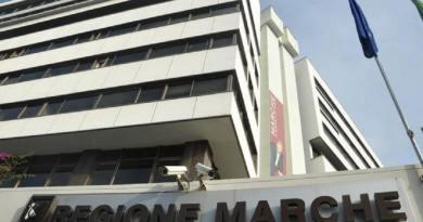Un nuovo atto della Giunta Regionale prevede lo svolgimento della pratica forense presso l'avvocatura regionale, con un rimborso spese di 400 euro mensili.