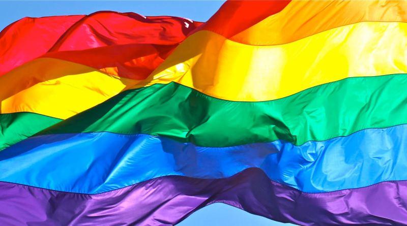 Giornata contro l'omo-bi-transfobia, due spettacoli al Teatro Biblioteca Quarticciolo, Fa'afafine di Giuliano Scarpinato e Il Sogno e l'utopia_Biografia di una generazione di e con Porpora Marcasciano.