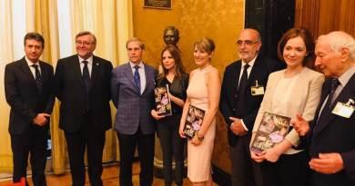 Il IV numero de Il Club, il ricordo diStephen Hawking e il CoscioniLAB in anteprima da Maria Antonietta Farina Coscioni. Il 5 luglio, Sala Aldo Moro della Camera dei Deputati.