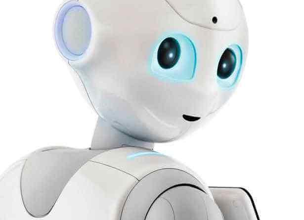 Arriva a Udine il primo, divertentissimo insegnante robot, Pepper.Dal 28 luglio al 5 agosto bambini e ragazzi sono invitati al Centro Commerciale Città Fiera di Udine per i laboratori FuoriClasse YOUNGO.
