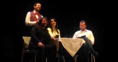 Civitanova Marche fa di nuovo centro, grazie a Lillo e Greg, che venerdì 16 novembre si sono esibiti di fronte ad un teatro Rossini gremito.