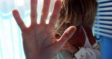 """Giornata mondiale contro la violenza sulle donne: riflessioni, letture e video in Campidoglio.Raggi: """"Abbiamo aperto 3 nuovi Centri Antiviolenza..."""""""