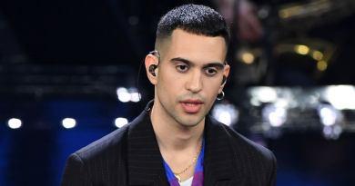Mahmood sbanca il 69esimo Festival di Sanremo: dopo aver vinto Sanremo giovani, trionfa nella categoria big con il brano Soldi.