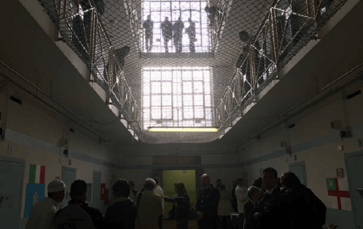Il ministro della Giustizia Alfonso Bonafede e quello delle Infrastrutture e dei Trasporti Danilo Toninelli: approvato Piano di edilizia penitenziaria 2019.