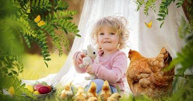 """Niente compiti, molta creatività e un po' di cioccolata le """"3 C"""" per la Pasqua dei bambini secondo la pediatra."""