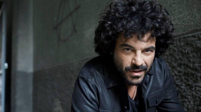 È online da ieri, 11 giugno, il nuovo singolo di Francesco Renga, Prima o Poi, di cui è online anche il video, tratto dall'album L'altra Metà.