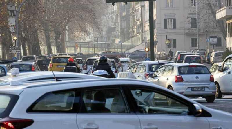 Perché il blocco della circolazione di tutti i veicoli diesel di questi giorni a Roma è utile.