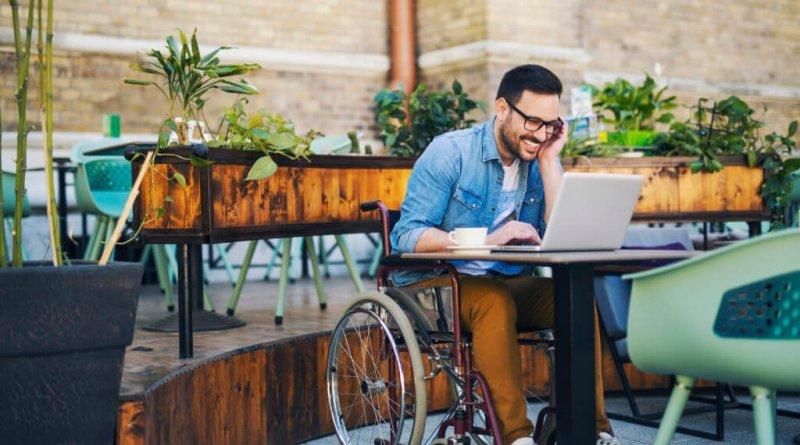 Disabilità e benessere per WebRadio SenzaBarcode, parla di internet e connessione 2.0.