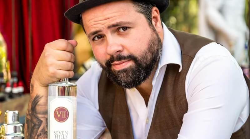 Il barman e global ambassador Federico Leone protagonista a Vicenza, VII Hills Italian Dry Gin, una masterclass accompagnato da due barman d'eccezione, Carmine Angelone e Riccardo Russo e in serata come special guest dietro il bancone del locale Enjoy!
