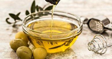 Come si degusta l'olio extravergine di oliva? Ecco CAPOL, la scuola per diventare assaggiatori. Intervista al presidente Luigi Centauri.