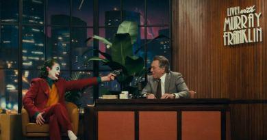 No. Joker è una pellicola che ha scosso il 2019, ha lasciato un segno nel genere dei cinecomic e nell'industria. Un pioniere ricordato a lungo.