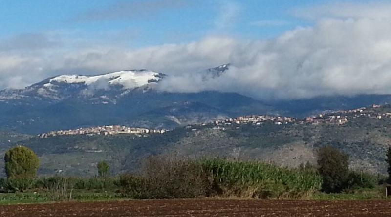Allerta gialla neve su Appennino Rieti, Aniene e Bacino Liri, gialla vento su Lazio da stasera e per 36 ore. Nevicate al di sopra dei 500/700 metri, o locali sconfinamenti a quote inferiori, sui settori orientali.