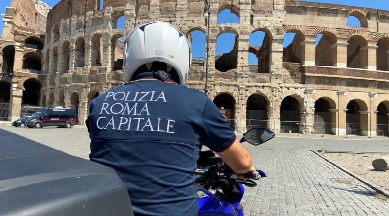 Usa il drone all'interno del Colosseo e lo fa cadere sul monumento, denunciato dalla Polizia Locale