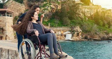 """La Regione Lazio ha prorogato i termini per i Pacchetti vacanza per persone con disabilità. Troncarelli: """"bando da 7 mln euro, garantiamo maggiori opportunità di partecipazione""""."""