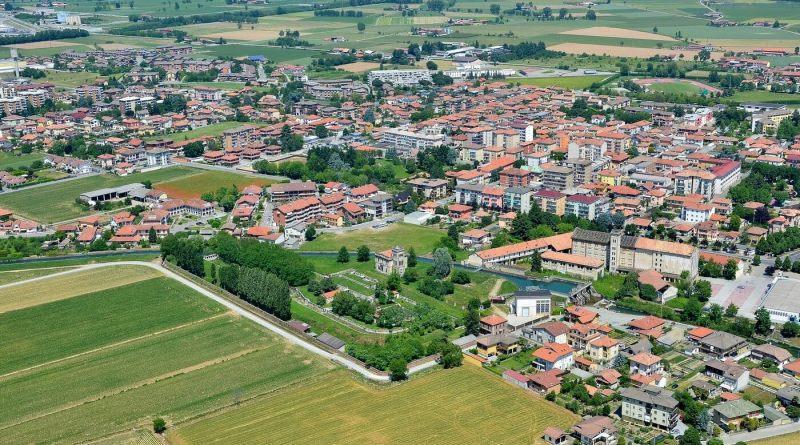 Il Piemonte è una regione ricca di famosi prodotti enogastronomici oltre che di città e luoghi di interesse da visitare.