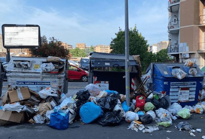 Roma2021: Lega, sui rifiuti Zingaretti fa il marziano ma in otto anni di nulla ha condannato la città al degrado.