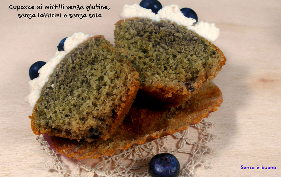 Cupcake ai mirtilli senza glutine, senza latticini e senza soia