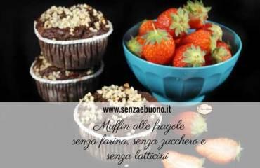 Muffin alle fragole senza farina, senza zucchero e senza latticini