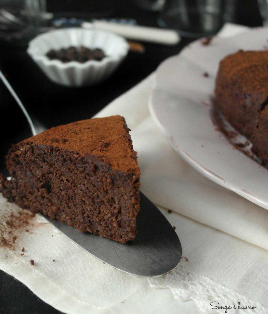 Torta al cioccolato senza farina e senza burro